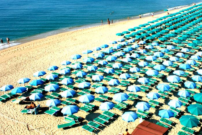 03-offerta-estate-sardegna-marina-resort-garden-club-e-beach-club-a-orosei-spiaggia