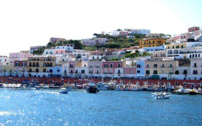 Itinerario in Bus: La Riviera di Ulisse e l'Isola di Ponza