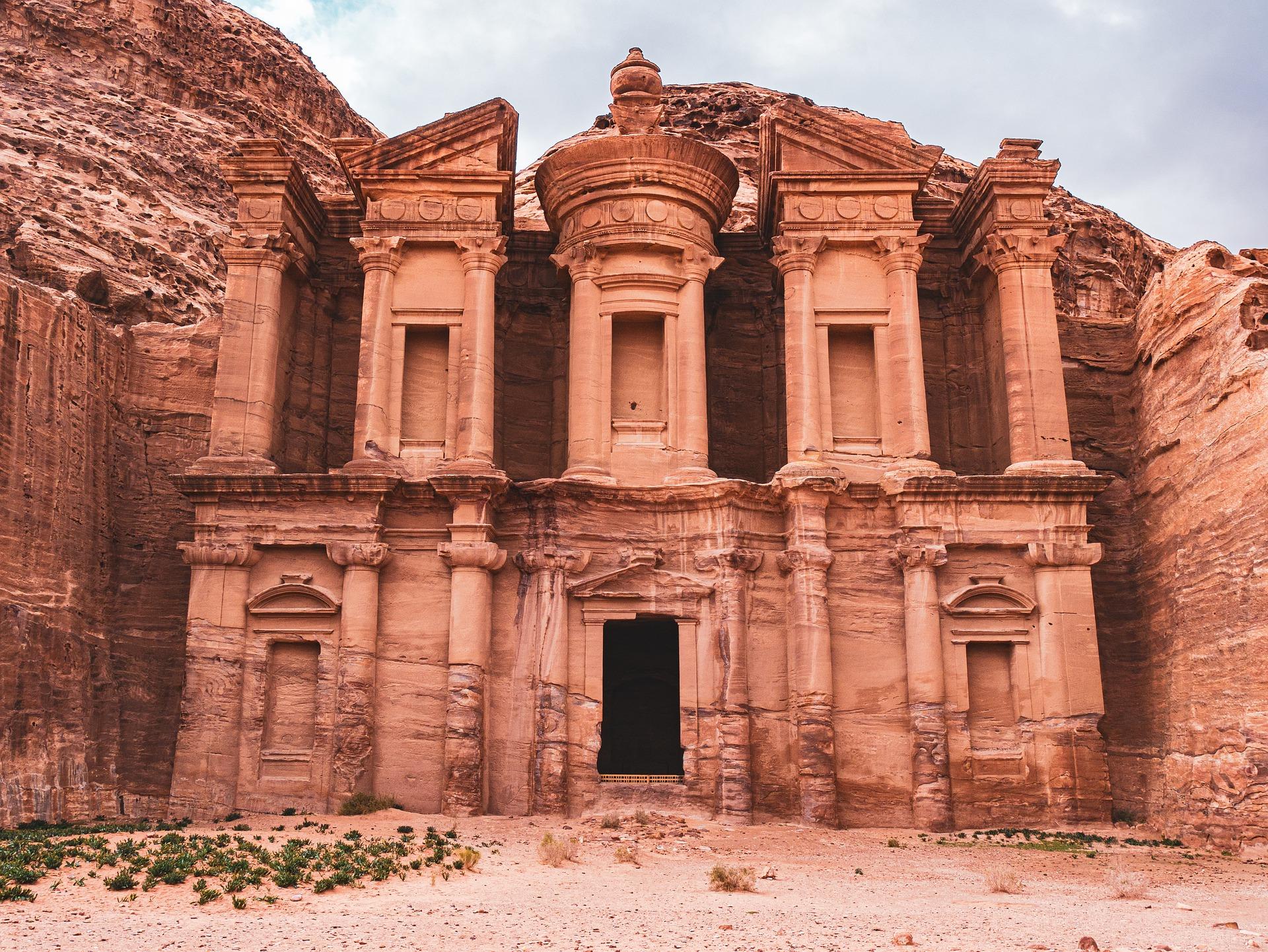 Petra e le sue meraviglie in Giordania